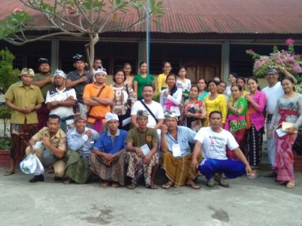 Persiapan Pembuatan Tempat Pemilihan Pilgub Bali 2018 Desa Nagasepaha